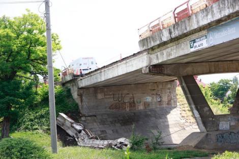 """Constantin Toma, primarul Buzăului, după prăbuşirea unei bucăţi din Podul Marghiloman: """"Situaţia o ştiam, dar nu ne aşteptam la aşa ceva"""""""