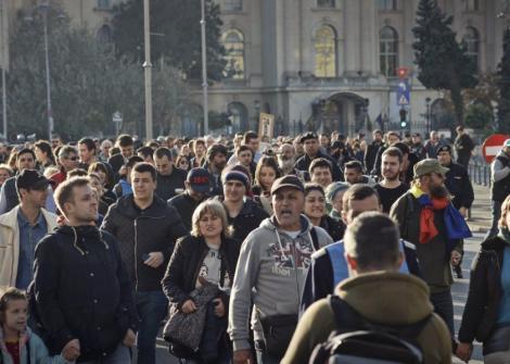 Codul Muncii va fi modificat! Românii vor lucra și o zi din weekend, ca pe timpul lui Ceaușescu