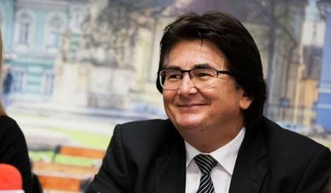 Patru autoturisme speciale pentru persoanele cu dizabilități vor ajunge la Timișoara