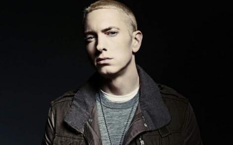 """""""Dacă îl vezi, spune-i că i-am tăiat gâtul, în vis"""". A murit tatăl lui Eminem, omul pentru care a compus """"Cleanin' Out My Closet""""! Cum i-a frânt inima rapperului"""