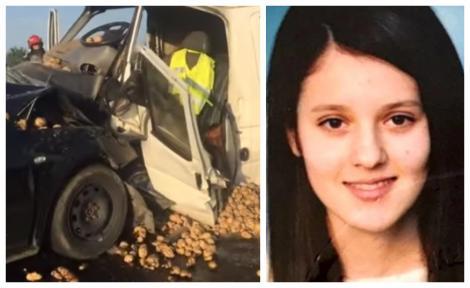 O studentă eminentă a fost ucisă pe șosea! Mergea să vândă cartofi, ca să-și ajute părinții! Tatăl ei a văzut totul! Atenție, imagini ce vă pot afecta emoțional! Video