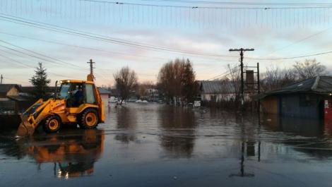 Drumuri blocate în România din cauza inundațiilor