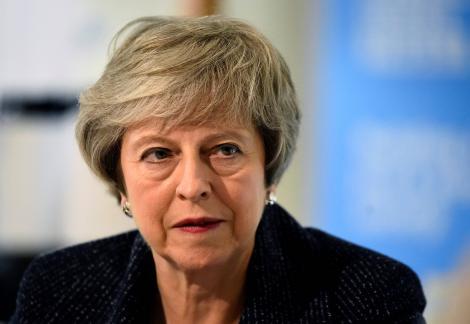 Theresa May va demisiona oficial vineri din funcţia de lider al Partidului Conservator şi din cea de prim-ministru