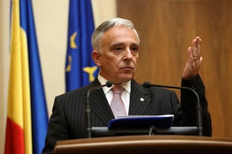 Mugur Isărescu, la prezentarea raportului BNR: Creşterea economică a rămas robustă, dar s-a bazat pe consum