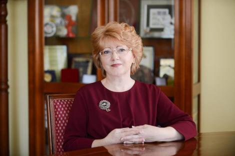 Primarul demis al municipiului Sibiu, Astrid Fodor, a contestat ordinul prefectului privind încetarea mandatului său
