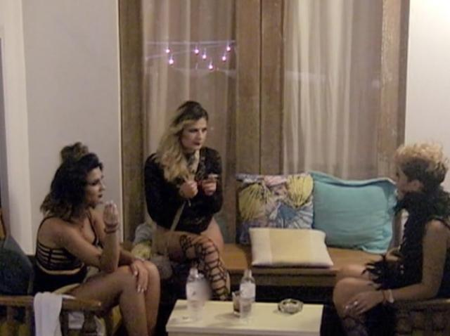 """Discuție interzisă minorilor între Geanina, Denisa și Gia, despre noaptea petrecută cu Andi: """"Am fost filmată. A intrat camera pe geam. N-am știut, am văzut-o după..."""""""