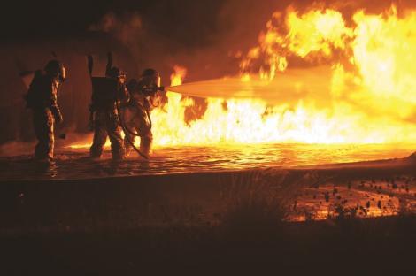 Incendii puternice în Franța! Turiștii stațiunilor afectate au fost evacuați! Iată regiunile aflate în pericol