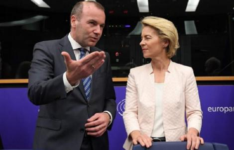 Manfred Weber face apel la europarlamentari să o voteze pe Ursula von der Leyen la preşedinţia Comisiei Europene