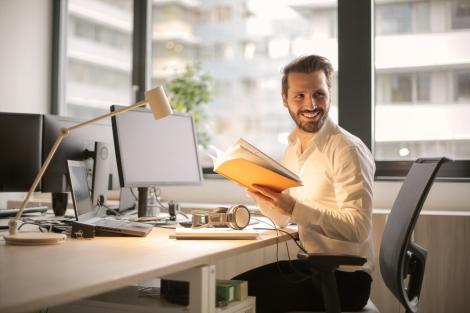 Patru dispozitive care îți pot face viața mai ușoară la locul de muncă