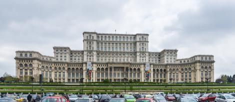 Jumătate din populația Bucureștiului muncește, un sfert sunt pensionari