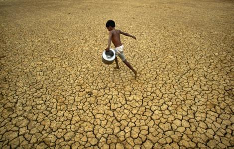 Criza climatică afectează Asia de Sud. 137 de persoane au murit din cauza temperaturilor ridicate