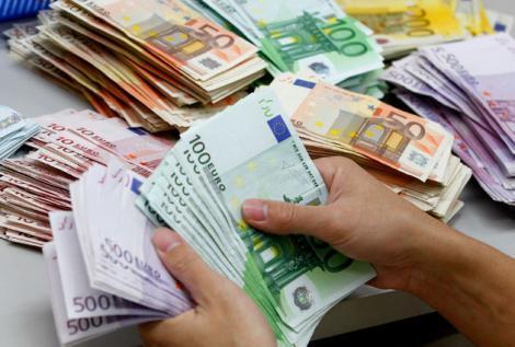 BNR Curs valutar 25 iulie 2019. Euro și dolarul cresc