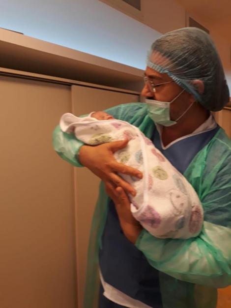 A născut Alessandra Stoicescu! Vedeta a adus pe lume o fetiță superbă în această dimineață!