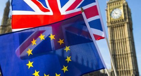 """Noua echipă de conducere a UE nu-şi va schimba poziţia cu privire la Brexit, este """"absolut sigur"""" Donald Tusk"""