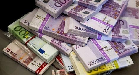 BNR Curs valutar 30 iulie 2019. Euro crește peste 4.73, lira sterlină scade drastic