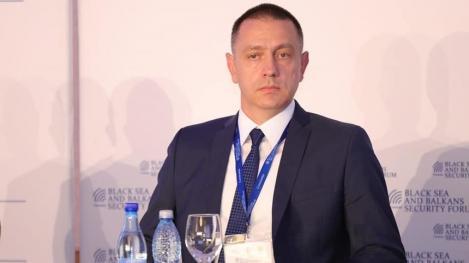 Mihai Fifor a cerut prefecţilor şi şefilor structurilor din MAI să evalueze riscurile şi vulnerabilităţile existente în fiecare judeţ