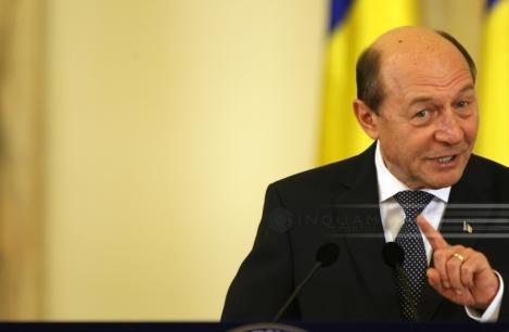 """Traian Băsescu: """"Merkel şi Macron trag o linie groasă între Vechea Europă şi Estul Uniunii Europene"""""""