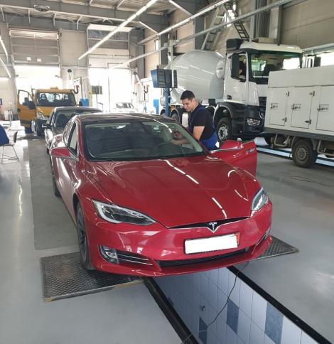 Numărul autovehiculelor electrice noi, cu 50% mai mare în primele 6 luni ale anului 2019 faţă de întreaga perioadă a anului 2018