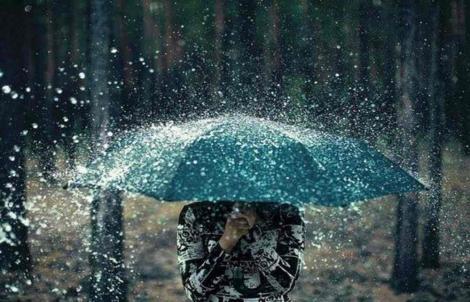 Vremea 1 august 2019. Temperaturi scăzute, ploi torențiale și descărcări electrice