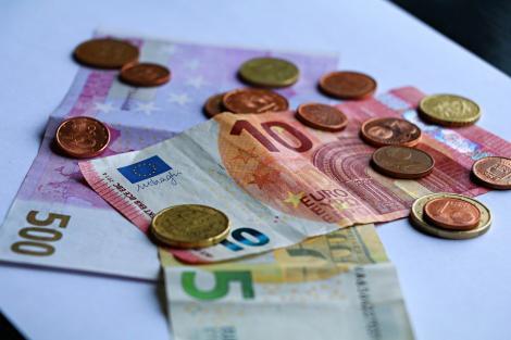 BNR Curs valutar 1 august 2019. Câți lei costă azi un euro