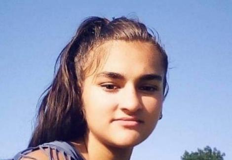 Apel către populație! A văzut-o cineva pe Aida? Adolescenta are 15 ani și a dispărut fără urmă, din fața casei!