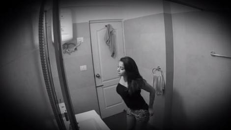 Zeci de femei au fost filmate, fără să știe, în ipostaze intime, în toaleta unui restaurant. Unde era ascunsă camera