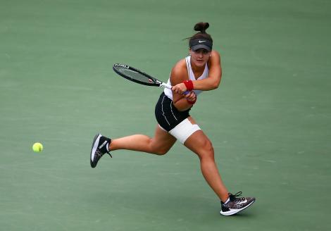 Ultimă oră: Bianca Andreescu este noua campioană de la Rogers Cup! Serena Williams s-a retras, după doar 19 minute pe teren