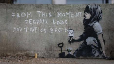 Banksy, ales al patrulea artist din toate timpurile preferat de britanici