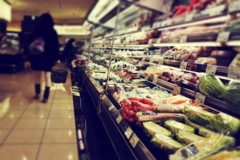 Scumpiri în România! Prețuri mai mari la alimente de bază