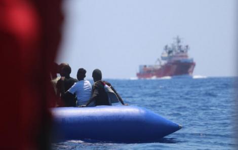 Nava umanitară Ocean Viking are la bord 356 de migranţi în urma unei noi salvări în largul Libiei