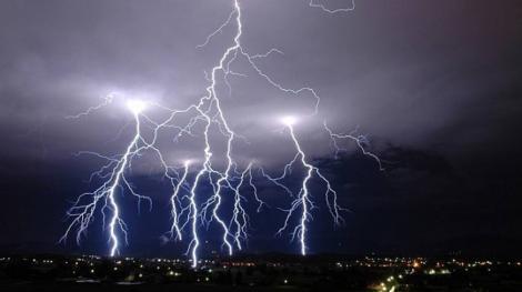 Vremea 14 august 2019. Vin furtunile! Ce zone sunt vizate