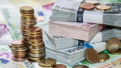 BNR Curs valutar 15 august 2019. Euro și francul elvețian scad