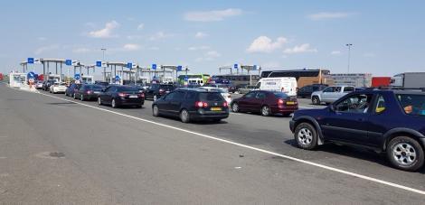 Aproape 370.000 de persoane au trecut prin punctele de trecere ale frontierei în ultimele 24 de ore