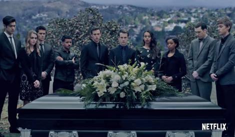 """Serialul """"13 Reasons Why"""" se întoarce cu sezonul trei și anunță moartea unui personaj"""