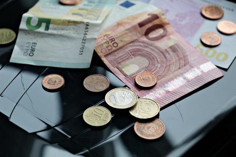 BNR Curs valutar 2 august 2019. Euro în continuă creștere