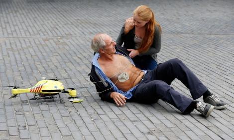 Video - Ajutorul venit din cer: Pacienți salvați într-un minut de la producerea stopului cardiac!