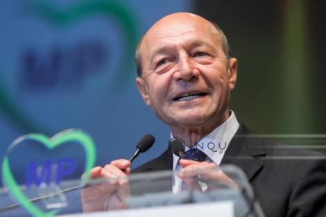 Băsescu: Afară PSD! Să vină PNL! Premierul Dăncilă trebuie să-şi depună mandatul şi să treacă în opoziţie cu PSD cu tot
