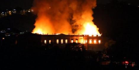 Muzeul Naţional din Rio de Janeiro, distrus anul trecut de un incendiu, va fi deschis parţial în 2022