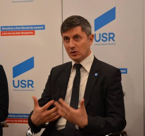 Barna: Vom susţine parlamentar orice formulă de guvern non-PSD care are ca obiectiv alegerile anticipate