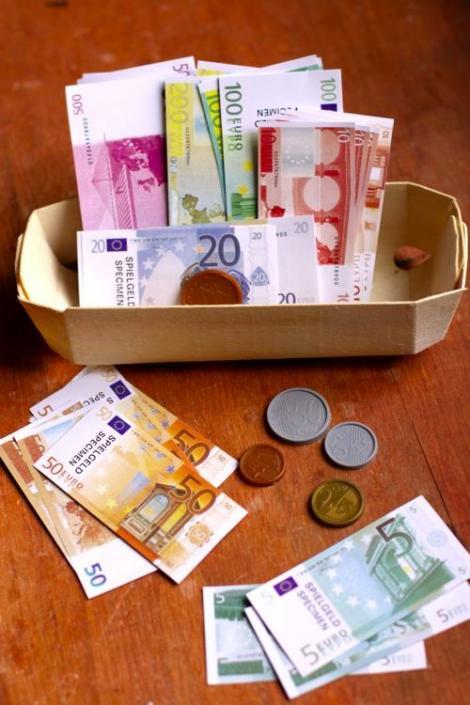BNR Curs valutar 6 august 2019. Cum se poziționează euro și dolarul