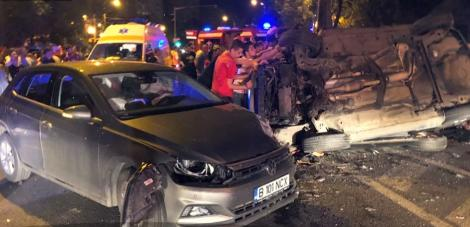 Cursă nebună la Timișoara! O mașină a lovit un taxi, a zburat prin aer și apoi a căzut pe un vehicul (VIDEO)