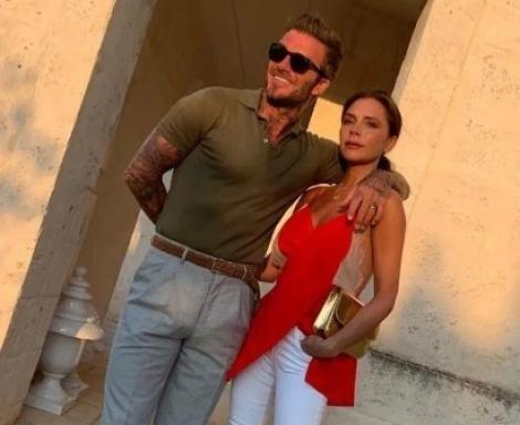 """David Beckham, poze incendiare cu soția lui, publicate din greșeală! Interzis minorilor! """"Uau, frumos!"""" - Foto"""