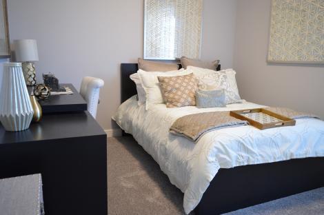 Alegerea culorilor ideale pentru dormitor, care te ajută să ai un somn adânc