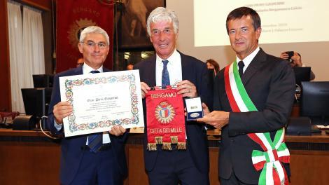 Antrenorul echipei Atalanta,Gian Piero Gasperini, a devenit cetăţean de onoare la Bergamo