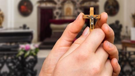 Înălțarea Sfintei Cruci, 14 septembrie. Poezia care alină orice suferință
