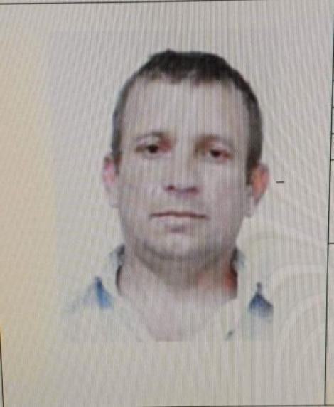 """Un bărbat în vârstă de 42 de ani a dispărut de acasă! Familia imploră ajutor: """"Vă rugăm să ne ajutați să-l găsim!"""""""