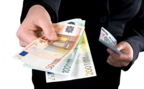 BNR Curs valutar 11 septembrie 2019. Euro și dolarul cresc