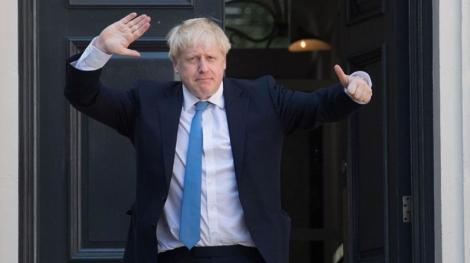 """Londra publică raportul """"Operaţiunea Yellowhammer"""", care relevă nepregătirea M.Britanii de un Brexit fără acord în faţa pericolelor inflaţiei, penuriilor şi tensiunilor sociale"""