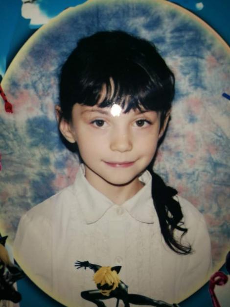 """Nicoleta, o fetiță de opt ani, a dispărut de acasă vineri! Părinții sunt disperați: """"Ajutați-ne să o găsim!"""""""