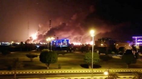 Atac cu drone în Arabia Saudită: Producţia la instalaţiile petroliere lovite a fost întreruptă. Mike Pompeo: Iranul a lansat un atac fără precedent